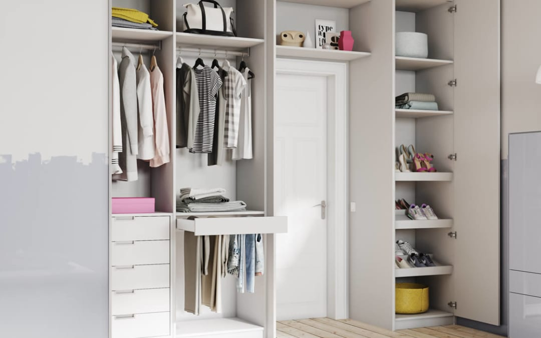 Are Bespoke Sliding Wardrobes Better Than Hinged Wardrobe Doors?